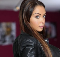Nabilla-trendhacking-badbuzz