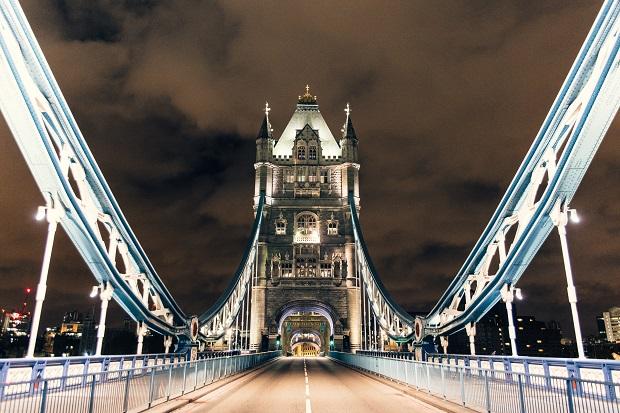 Tower Bridge Desert in London