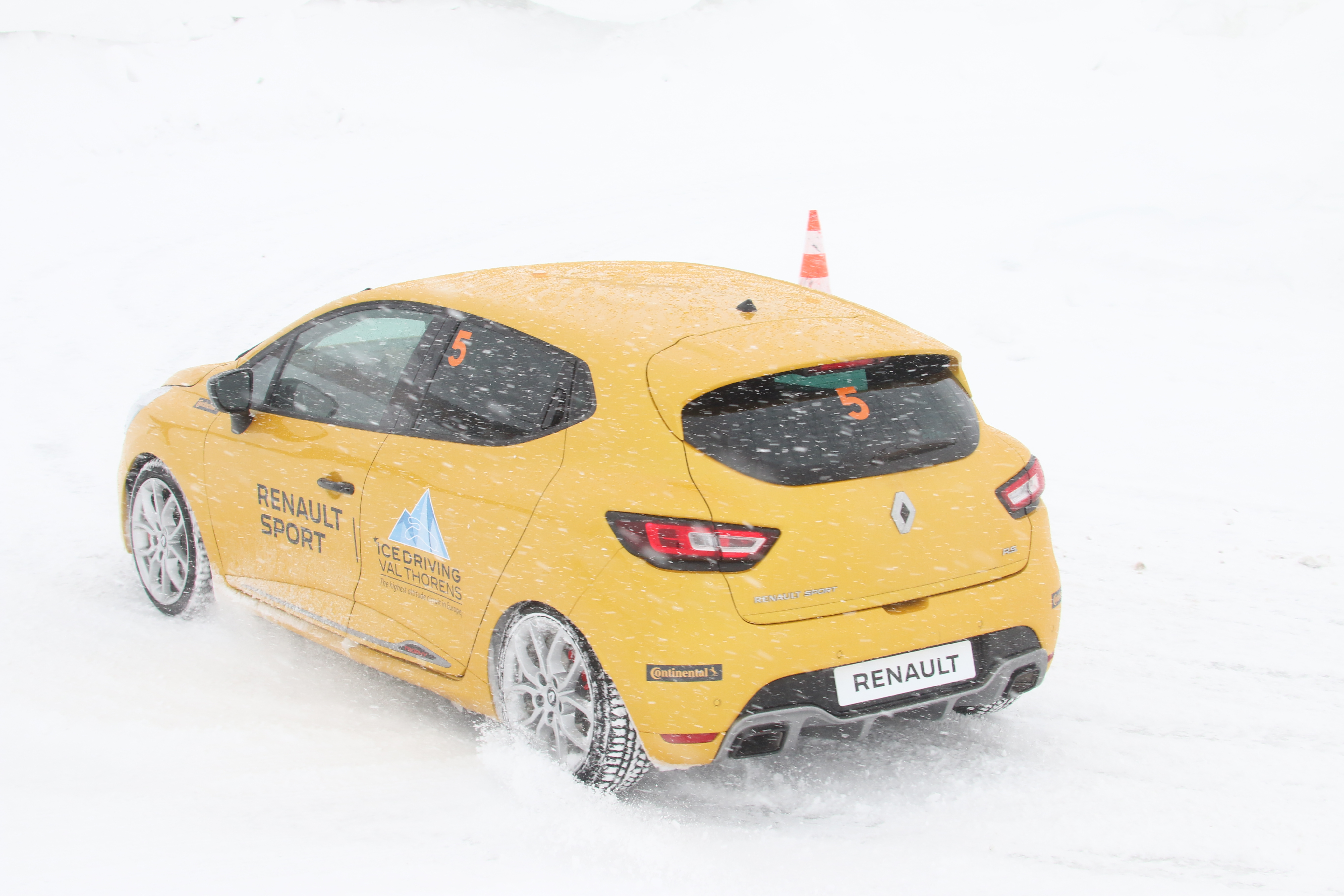 Renault Sport Ice Driving