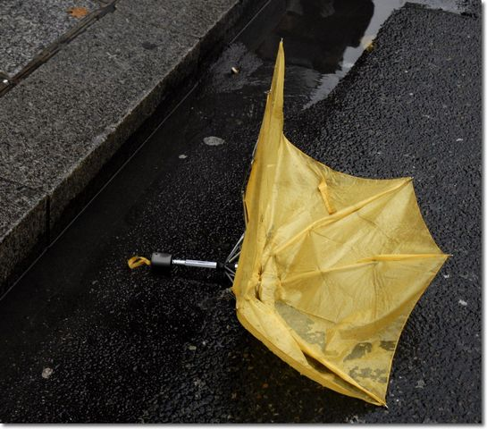 parapluie cassé