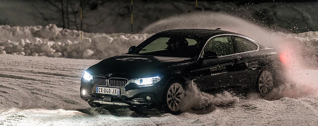 Ice-Driving-val-disere