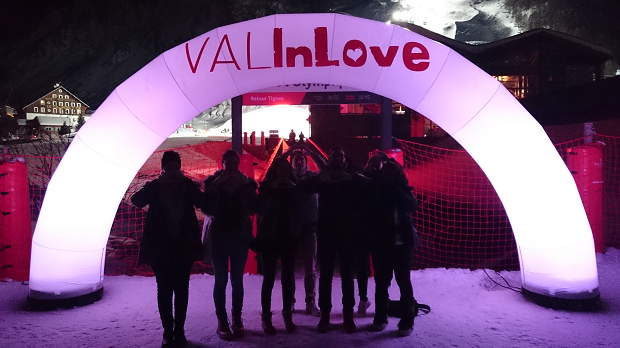 Val In Love à Val dIsère photo de groupe