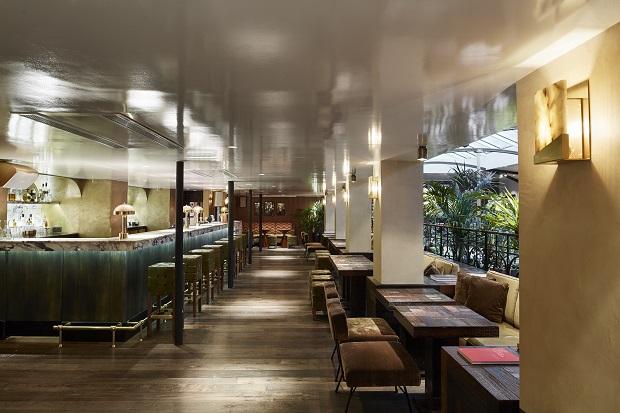 Bar-balcon-Alcazar-cocktail