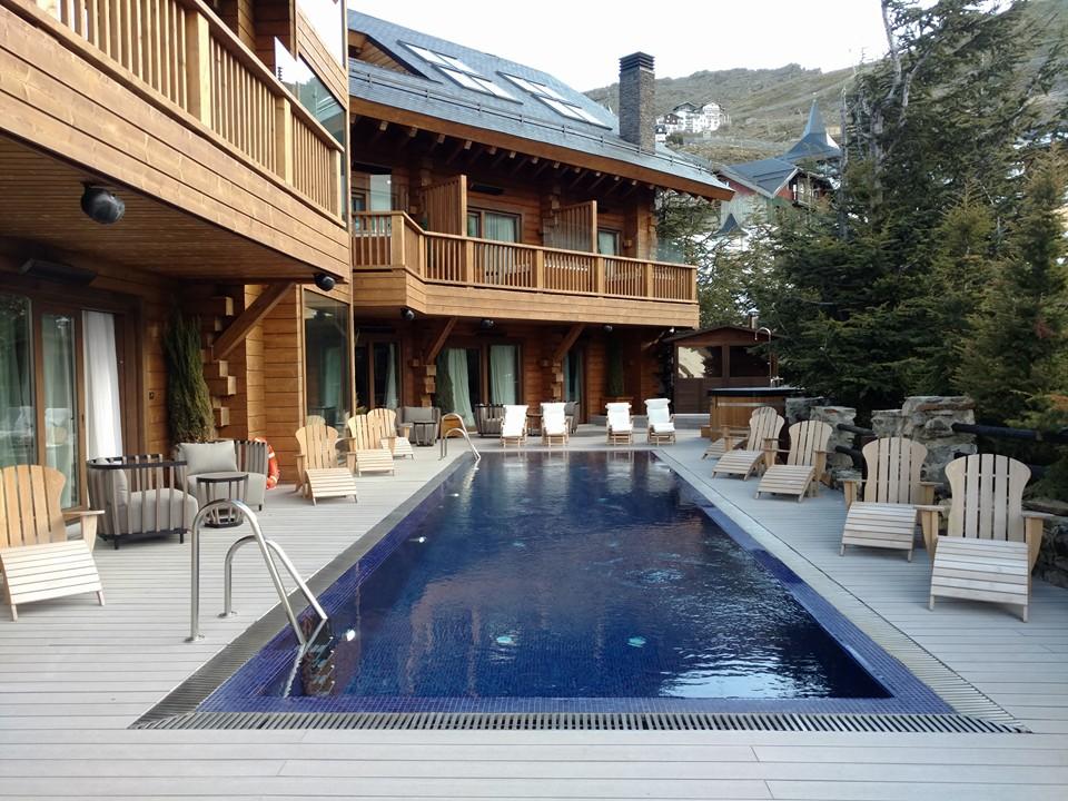 Hotel El Lodge Sierra Nevada