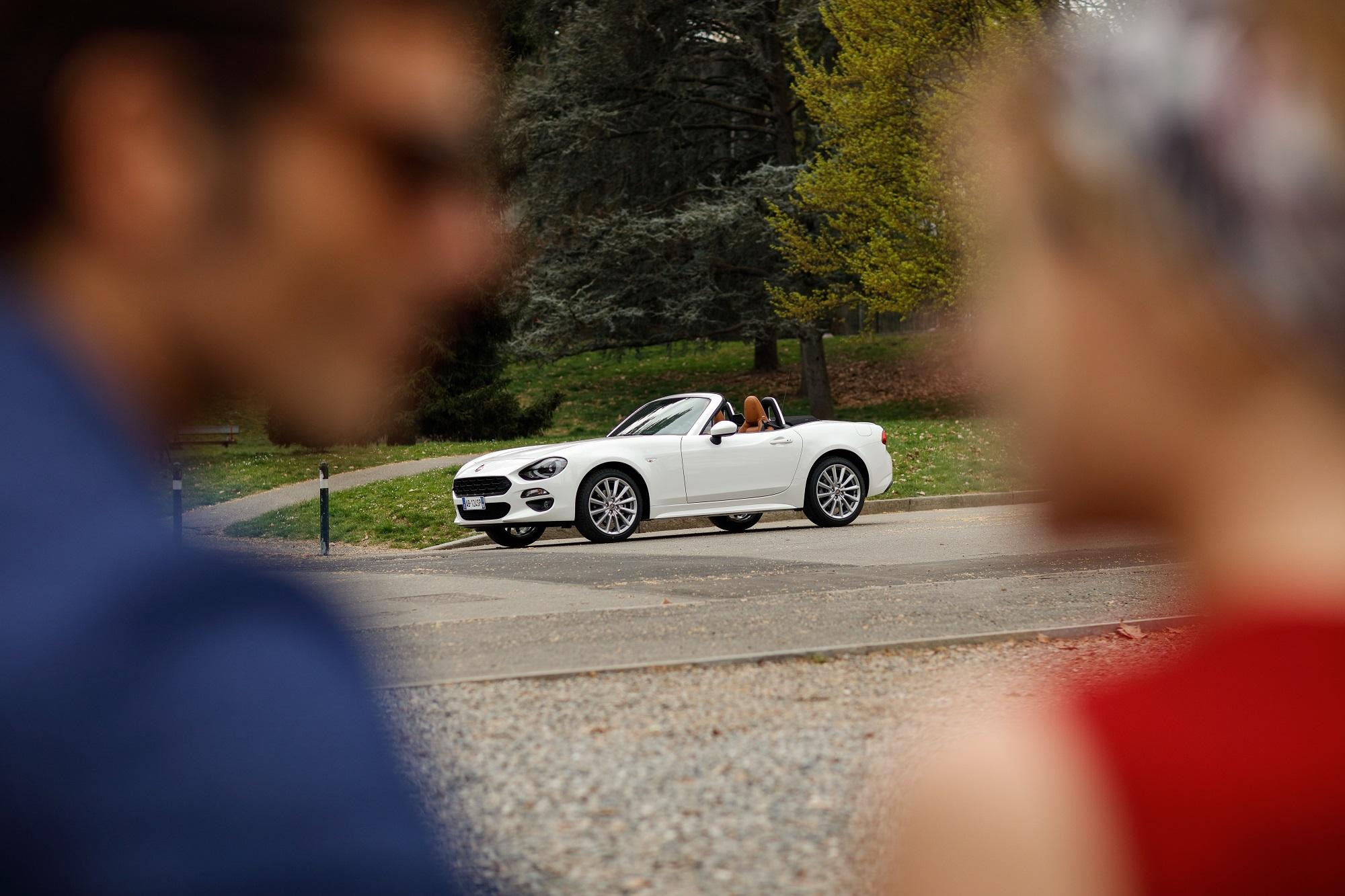 FIAT 124 Spider : Plaisir et Séduction à l'Italienne !