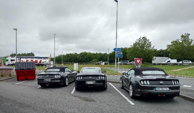 photo-de-famille-parking