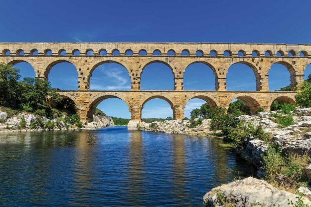 Pont Du Gard Fiat Tipo