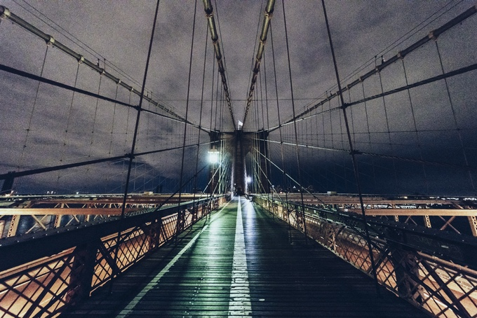 Brooklyn Bridge desert empty