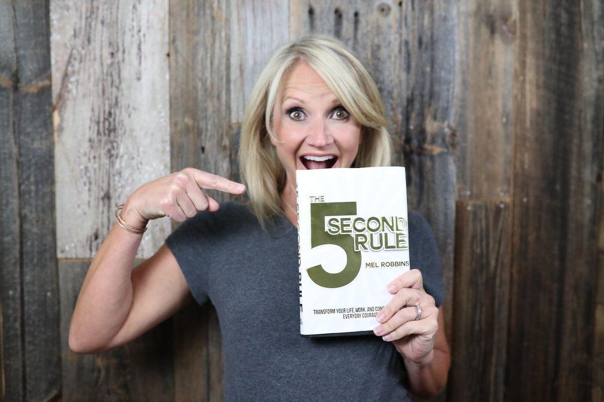 La Règle des 5 Secondes de Mel Robbins : De L'Action, Pas de Blabla !
