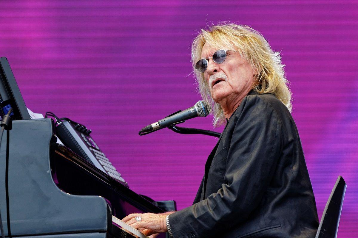 Mort de Christophe : 7 anecdotes que vous ne connaissiez pas sur le chanteur