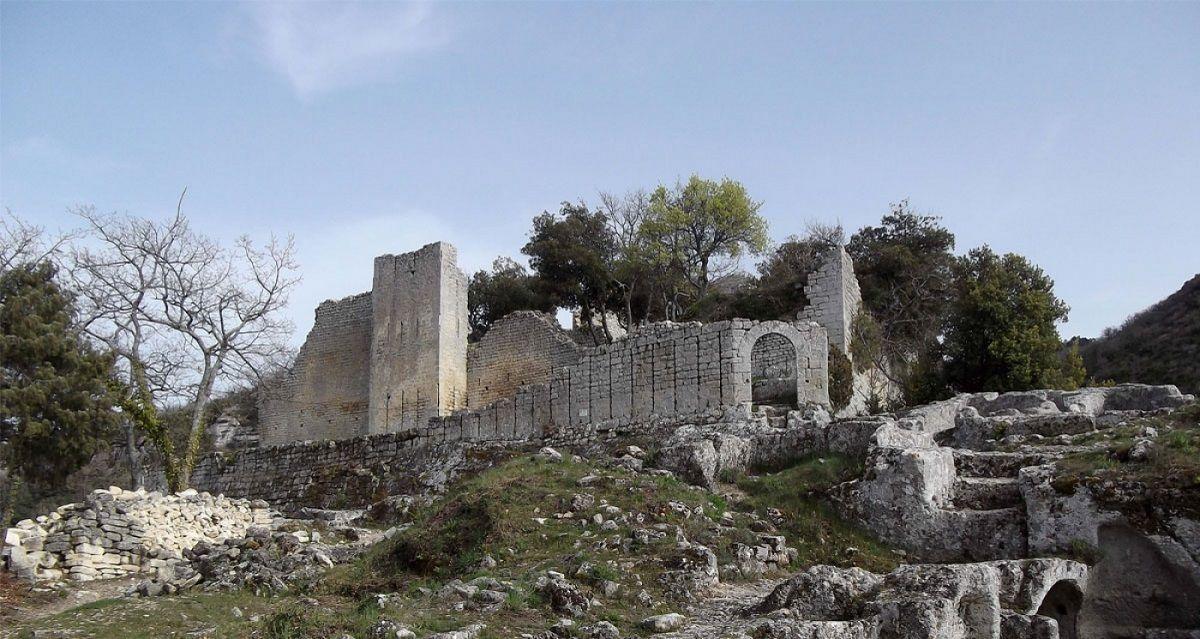 fort buoux