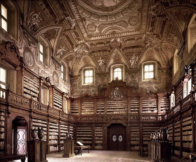Bibliothèque-des-Girolamini