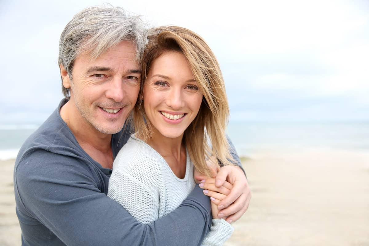 Comment garder la flamme intacte dans votre couple après 50 ans